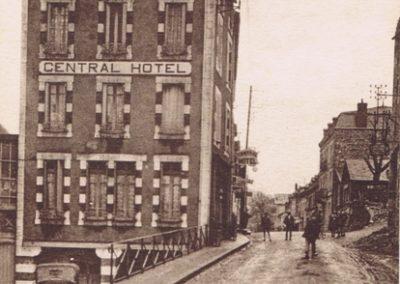 Central Hôtel et Avenue de la Gare